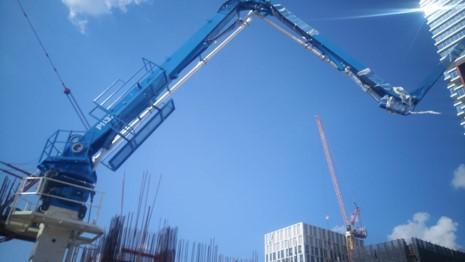 hydraulic concrete distributors with climbing mast 10