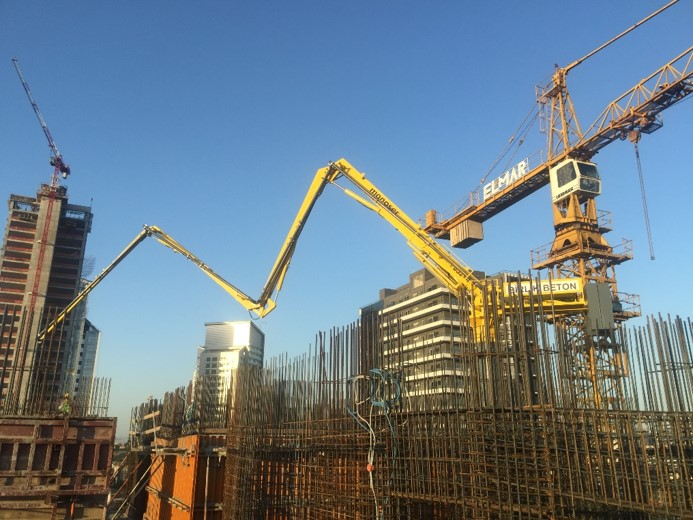 hydraulic concrete distributors with climbing mast 11