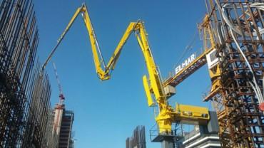 hydraulic concrete distributors with climbing mast 2