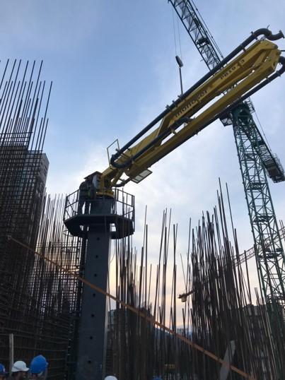 hydraulic concrete distributors with climbing mast 9