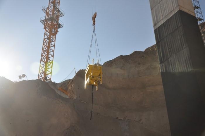 remote controlled concrete buckets 4